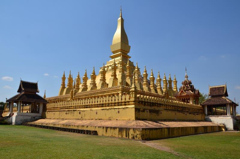 Pha которое Luang в Лаосе стоковые изображения