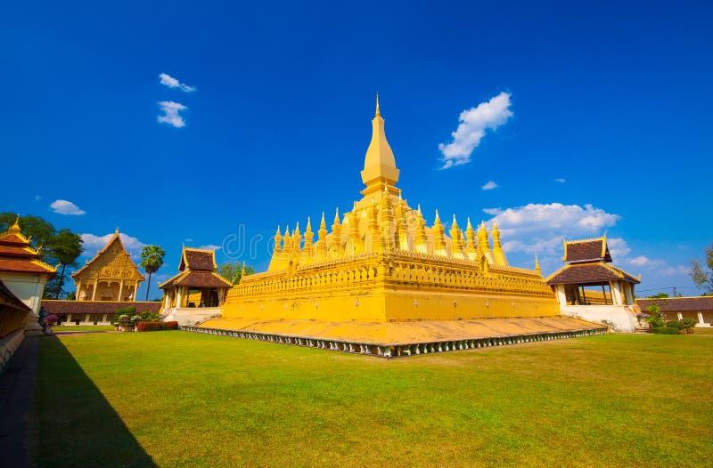 Pha che Luang, lo stupa dorato sulle periferie di Vientiane, fotografie stock