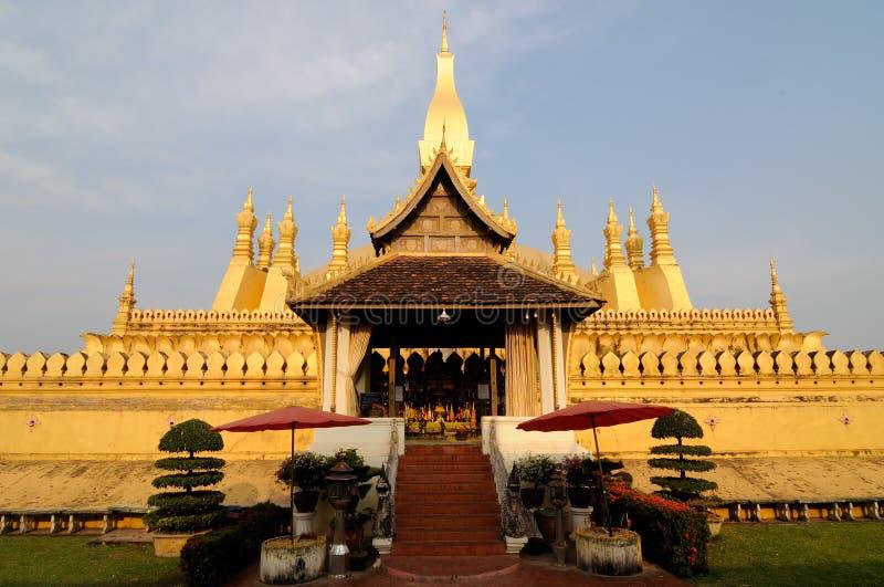 Pha dieses Luang stupa stockfotografie