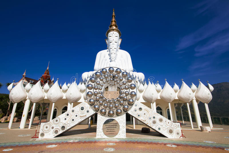 Pha Pha暗藏的玻璃(Wat Pha Kaew) 免版税库存照片