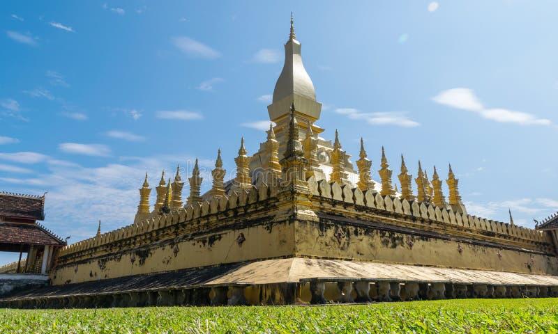 Download Pha que Luang imagen de archivo. Imagen de cielo, cultura - 64207493