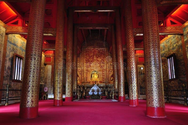 Pha-singha Chaingmai di Wat di buddhism dell'albero fotografia stock