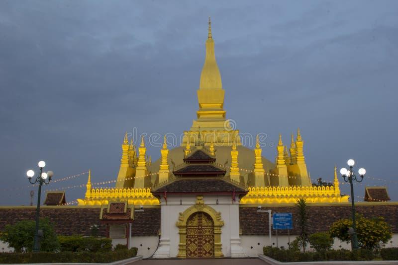 Pha som Luang gränsmärken av Laos arkivbild