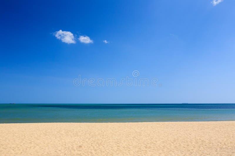 Phan звенел пляж, Ninh Thuan, Вьетнам стоковое изображение