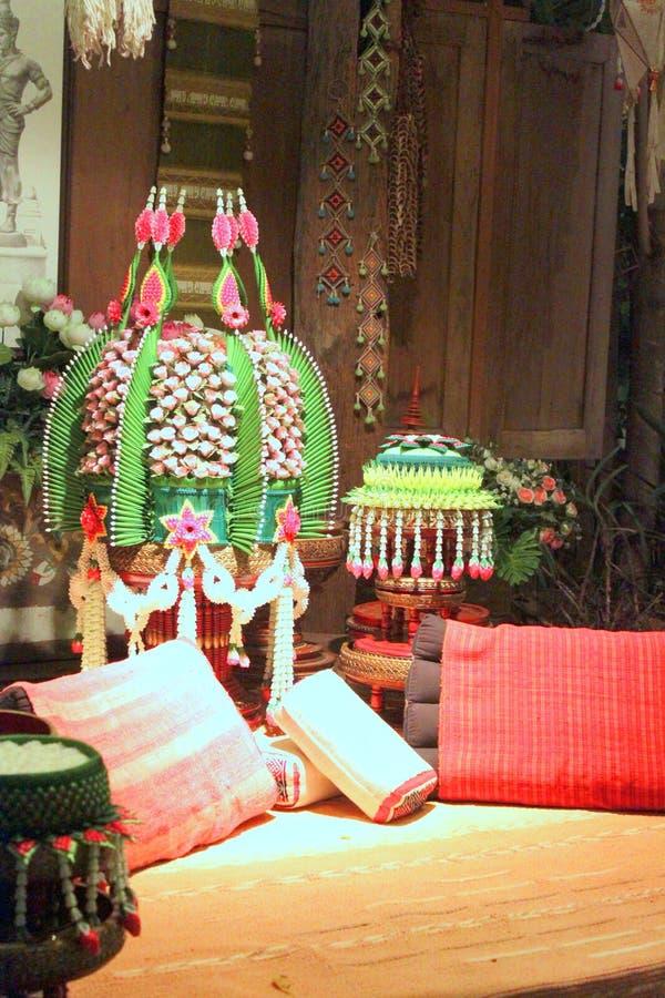 Phan biselado en la ceremonia de boda tailandesa septentrional fotos de archivo