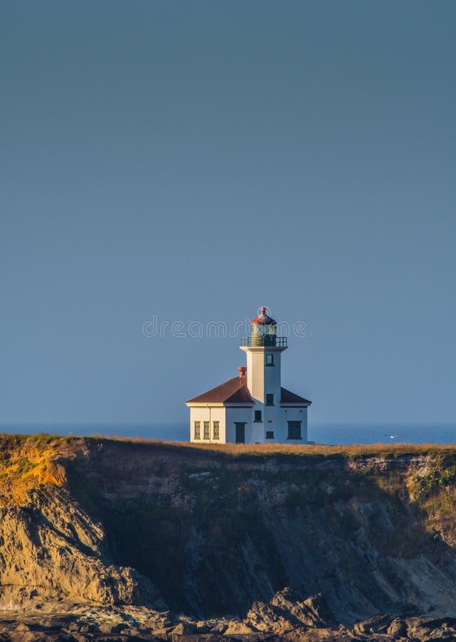 Phare d'Arago de cap et ciel bleu image libre de droits