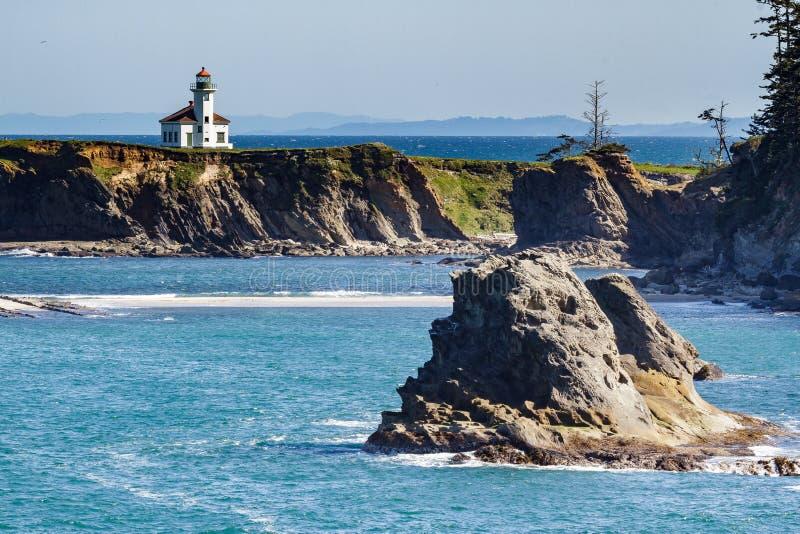 Phare d'Arago de cap sur la Côte Pacifique de l'Orégon photographie stock libre de droits
