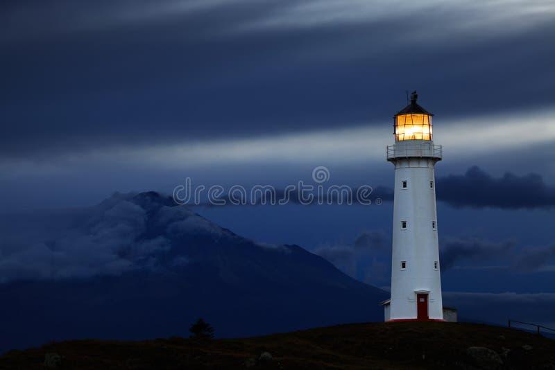 Phare d'Egmont de cap, Nouvelle-Zélande photos stock