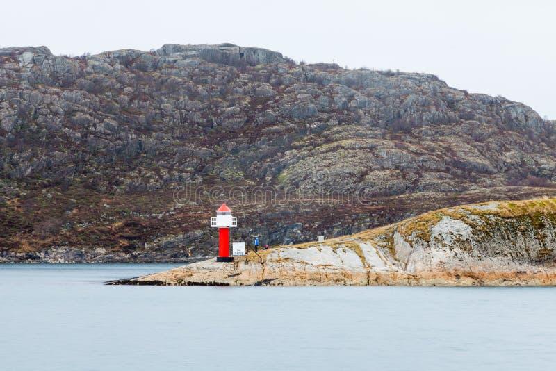 Phare de SW Point à Bodo Harbour, Norvège image libre de droits