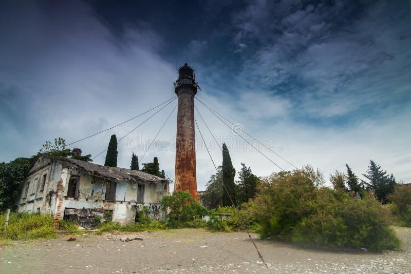 Phare en métal de vintage, Soukhoumi, Abkhazie photographie stock libre de droits