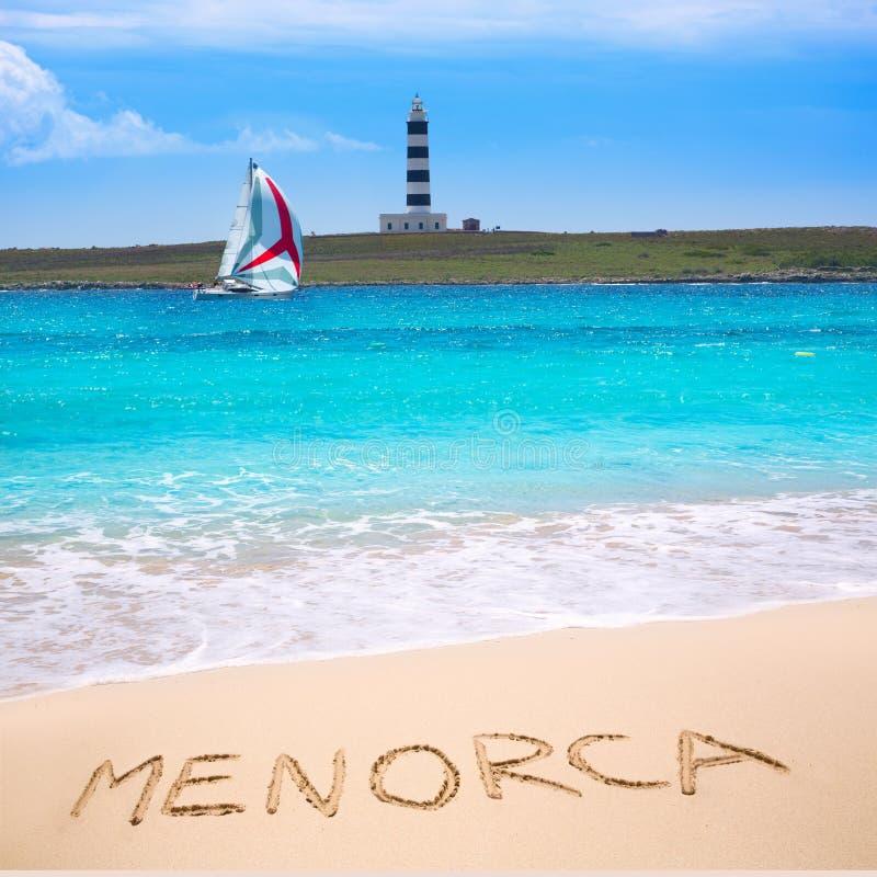 Phare lointain d'île de l'Aire de del d'illa de Menorca Punta Prima image libre de droits