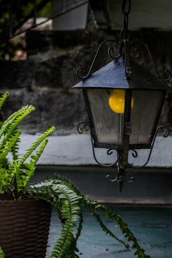phare ou lampe de jardin photo stock