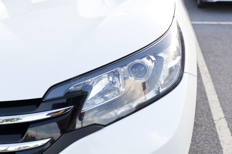 Phares de plan rapproché de voiture photos libres de droits