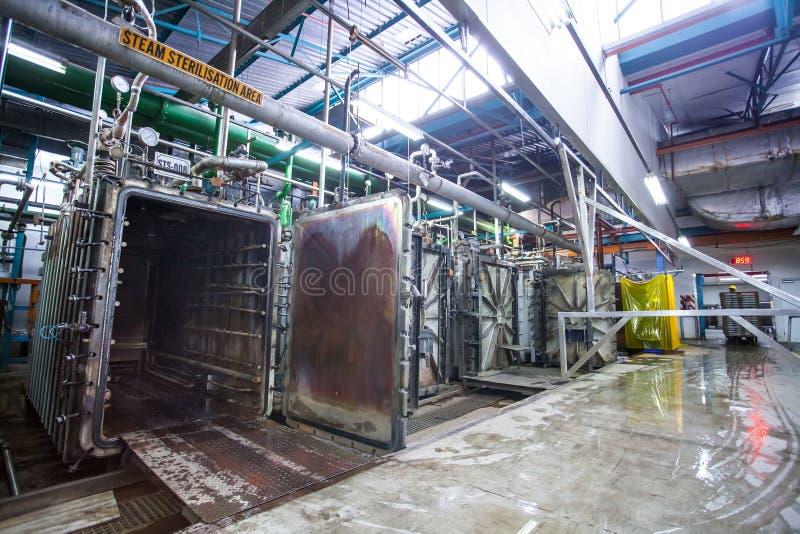 Pharmazeutischer Produktionsanlageinnenraum lizenzfreies stockfoto
