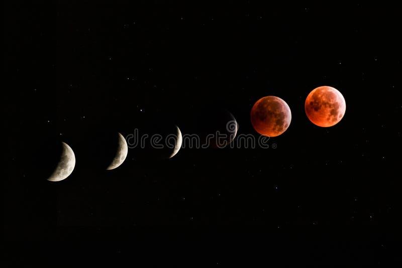 Phases d'éclipse lunaire avec la lune rouge ou la lune de sang photographie stock libre de droits