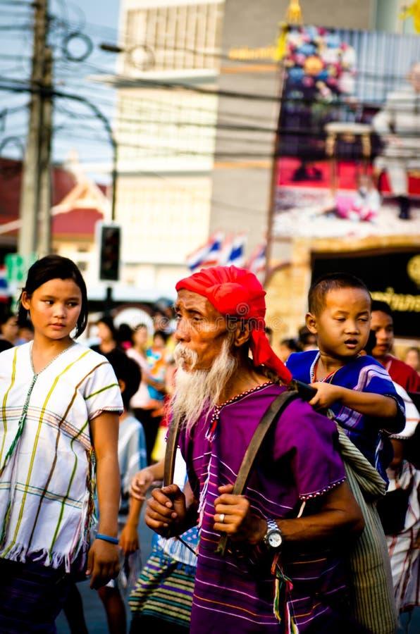 Download Phranakhonkhiri在街道的节日游行2013年 编辑类库存照片 - 图片 包括有 传统, 历史: 30331668