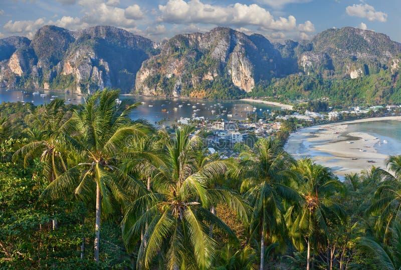 Phi-Phi ö, Krabi landskap, Thailand royaltyfria bilder
