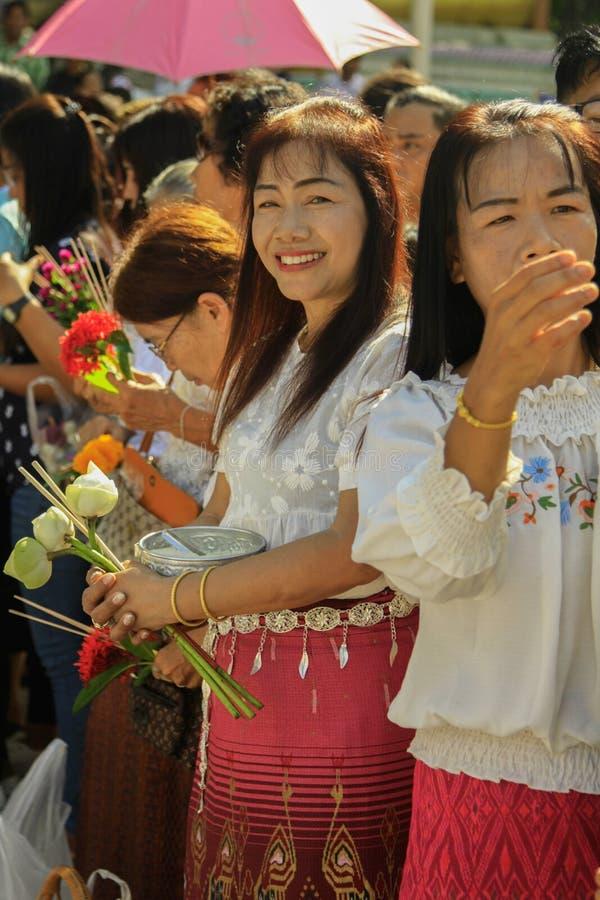 PHICHIT, THAÏLANDE - 25 OCTOBRE 2018 : Tak Bat Devo Rohana est le F photographie stock libre de droits