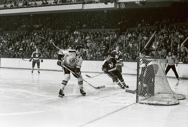 Phil Esposito Boston Bruins arkivfoton