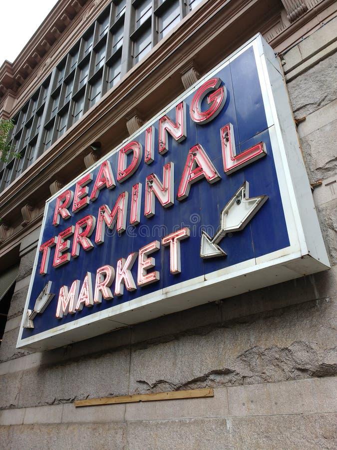 Philadelphfia, EUA, lendo o mercado terminal imagens de stock