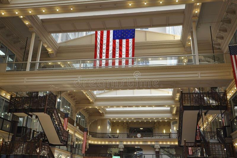 Philadelphia Augusti 4th: Inre för historisk byggnadbörsgalleria från Philadelphia i Pennsylvania royaltyfria foton