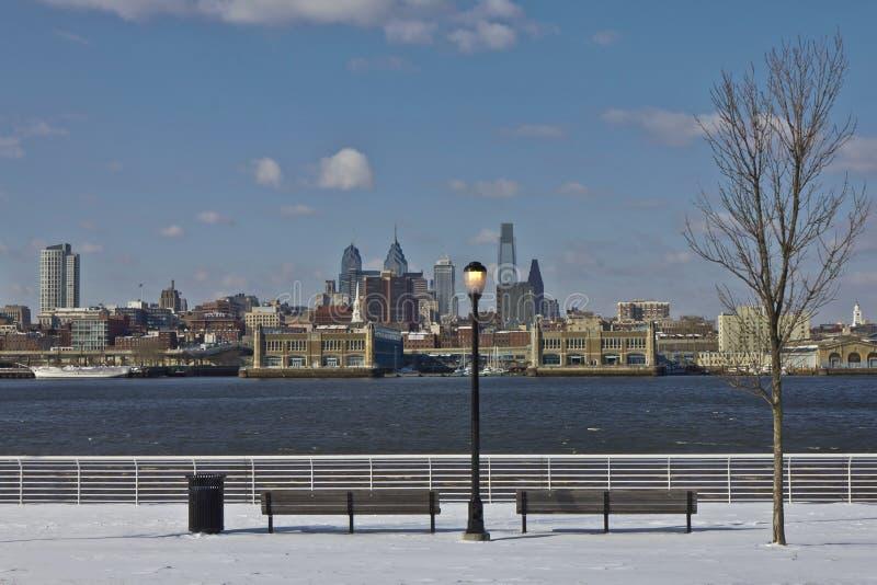 Philadelphia de stad in bij wintertijd stock foto