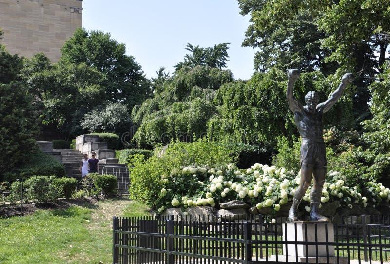 Philadelphia PA, 3rd Juli: Rocky Statue från Philadelphia i Pennsylvania USA fotografering för bildbyråer