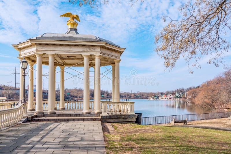 Philadelphia, Pennsylvania, de V.S. - December, 2018 - Weergeven van Fairmount-de Tuin van de Waterwerken, Philadelphia Art Museu stock foto