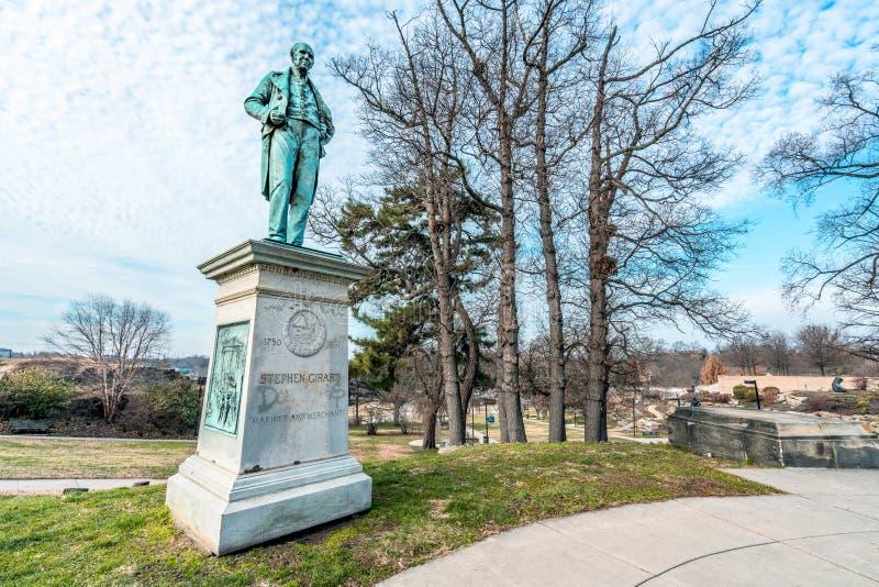 Philadelphia, Pennsylvania, los E.E.U.U. - diciembre de 2018 - estatua de Stephen Girard está fuera del arte del museo de Philade imágenes de archivo libres de regalías