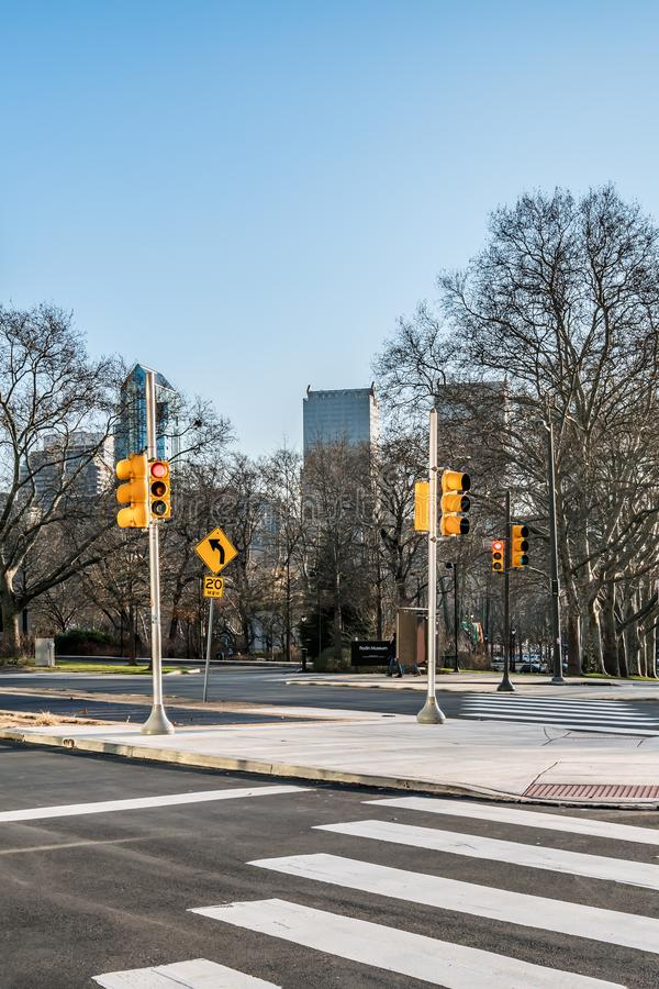 Philadelphia, Pennsylvania, los E.E.U.U. - diciembre de 2018 - horizonte, Hamilton Street, en el centro de la ciudad fotografía de archivo