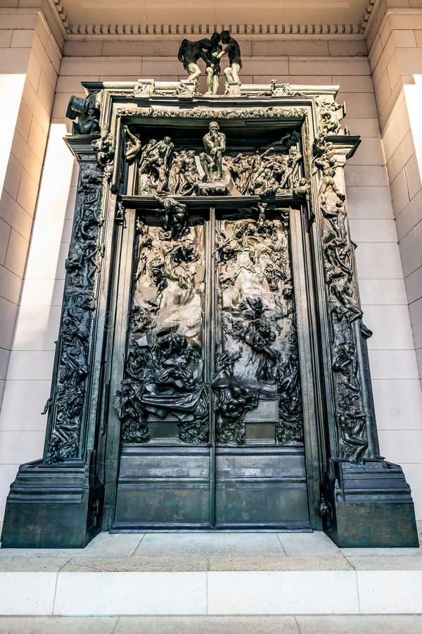 Philadelphia, Pennsylvania, los E.E.U.U. - diciembre de 2018 - las puertas del infierno en Rodin Museum en Philadelphia fotografía de archivo