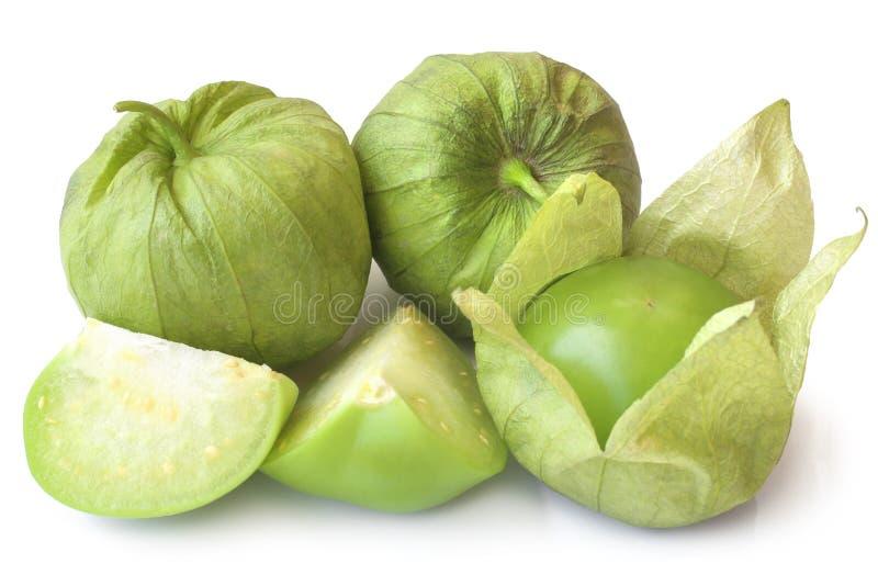 Philadelphica verde fresco del Physalis di tomatillos con una buccia immagine stock