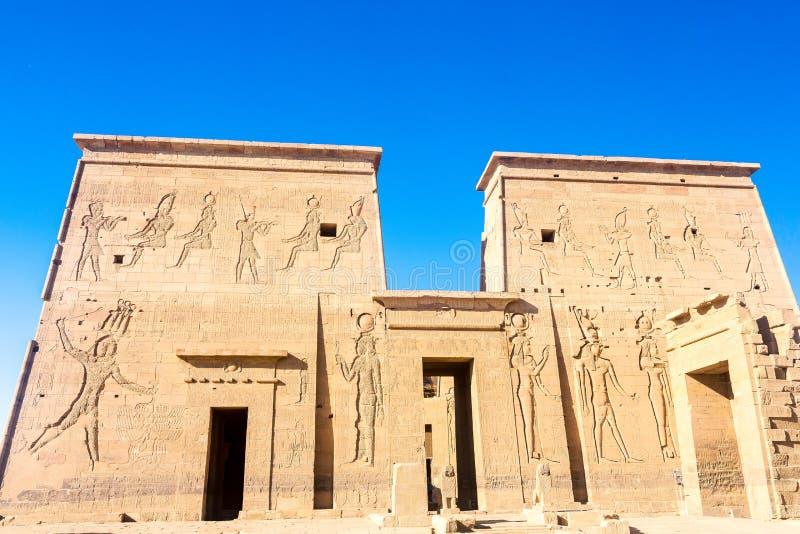 Philae tempel i aswan på Nilen i Egypten arkivfoton
