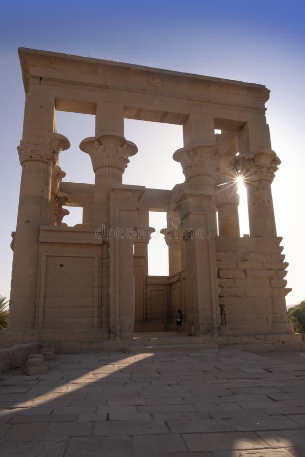 Philae tempel nära Aswan, Egypten royaltyfria foton
