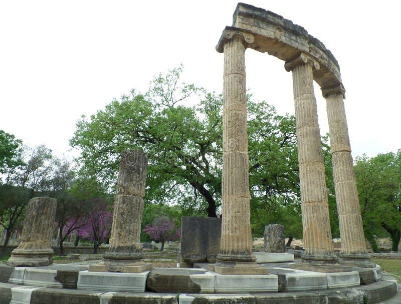 Philippeion, старое святилище на археологических раскопках Олимпии стоковое фото rf