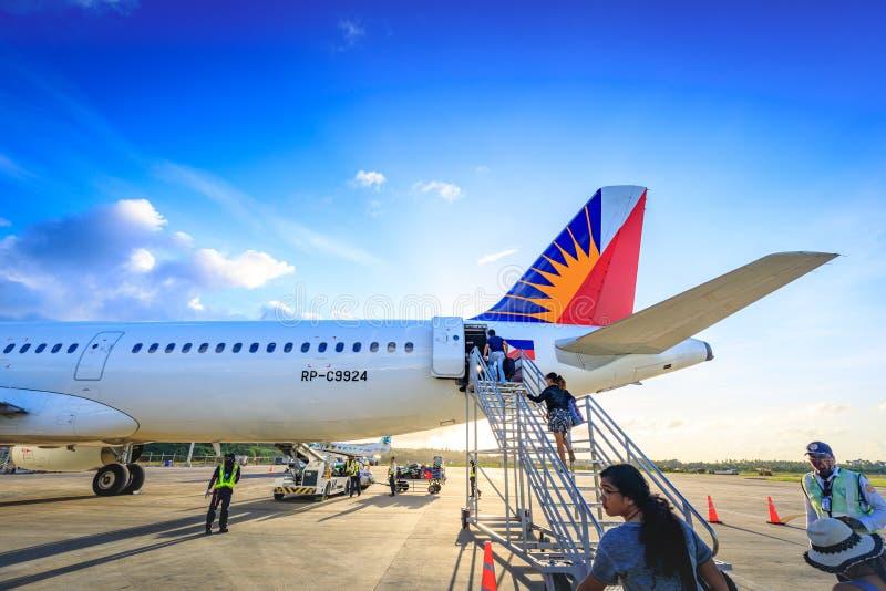 Philippine Airlines pal à l'aéroport de Caticlan image libre de droits