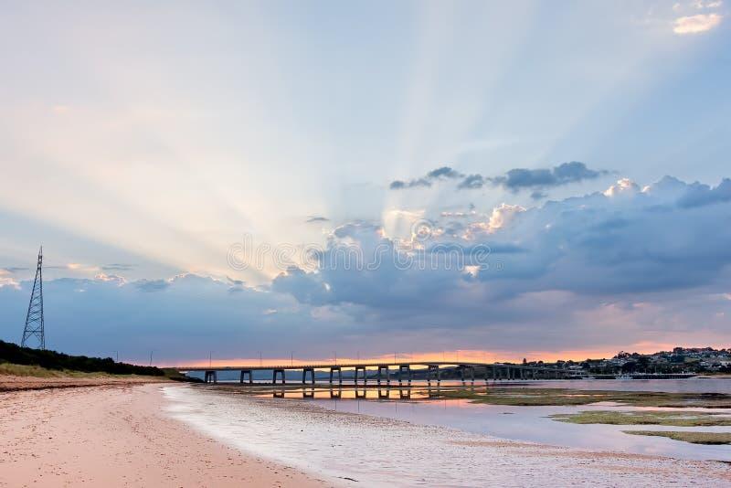 Phillip Island Bridge no nascer do sol Melbourne, Victoria, Austrália fotografia de stock