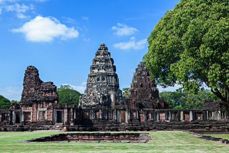 Phimai historisk och forntida stenslott i Thailand arkivbilder