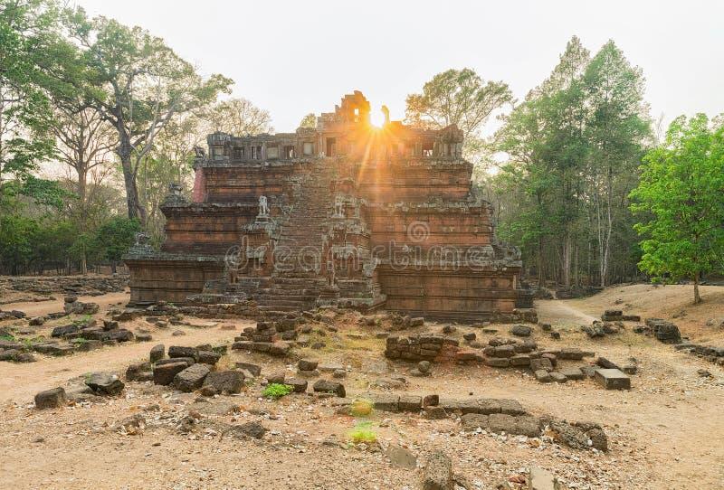 Phimeanakas świątynia przy Angkor Thom powikłany Siem Przeprowadza żniwa Kambodża zdjęcie royalty free