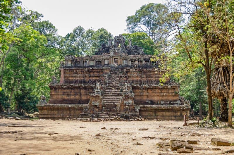 Phimeanakas en hinduisk tempel inom den walled bilagan av Royal Palace av Angkor Thom royaltyfria foton