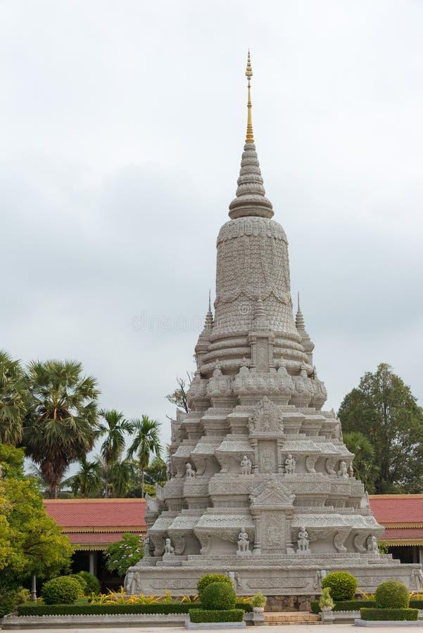 Phnom Penh, Kambodja - 30 Januari 2015: Zilveren Pagode (Wat Preah Keo stock afbeeldingen
