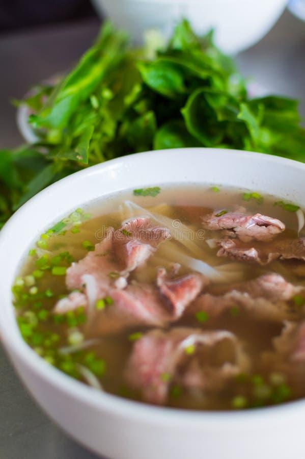 Pho Bo, въетнамский суп с говядиной стоковая фотография rf