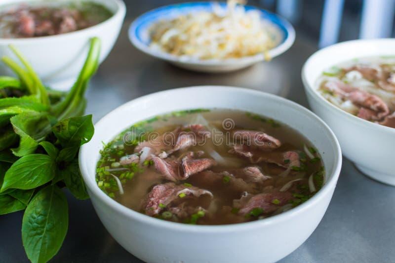 Pho Bo, въетнамский суп с говядиной стоковые фотографии rf