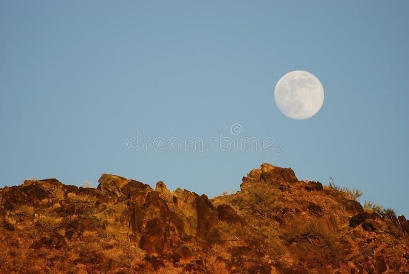 Phoenix, Arizona. Paisaje del rastro de Apache imagenes de archivo