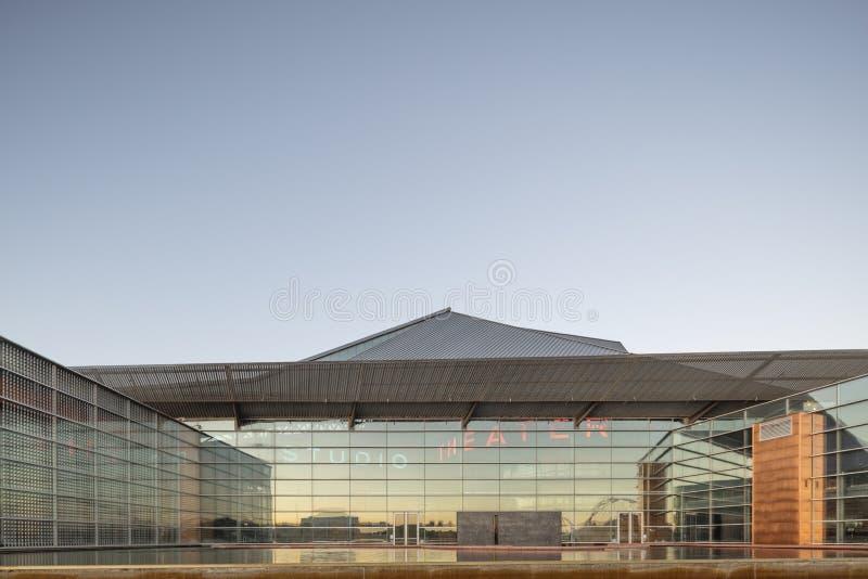Phoenix, AZ, los E.E.U.U. - 9 de noviembre de 2016: Tempe Center para el TCA de los artes es una ejecución de propiedad pública y imagenes de archivo