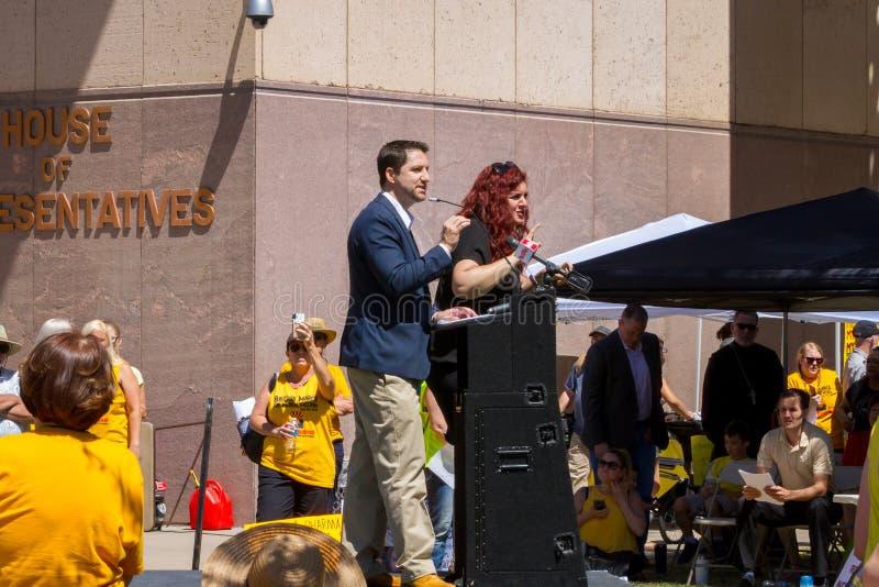 """PHOENIX, de Arizona-V.S. †""""18 MEI, 2019 - Senator Paul Boyer spreekt in Arizona Maart voor Medische Vrijheid royalty-vrije stock foto"""