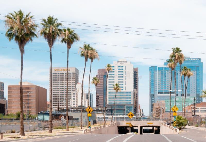 Phoenix linia horyzontu ja jest kapitałem i najwięcej ludnego miasta Arizon zdjęcie stock