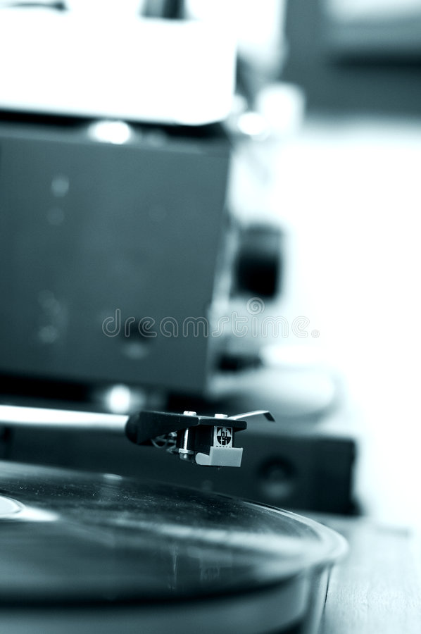 Free Phonograph Turntable-10 Blue Tone Royalty Free Stock Image - 1804626