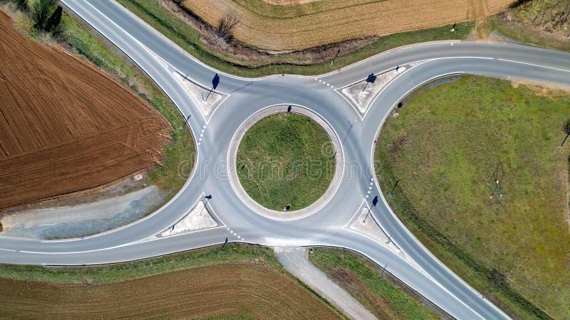 Photo aérienne d'un rond point en Le Langon photographie stock libre de droits