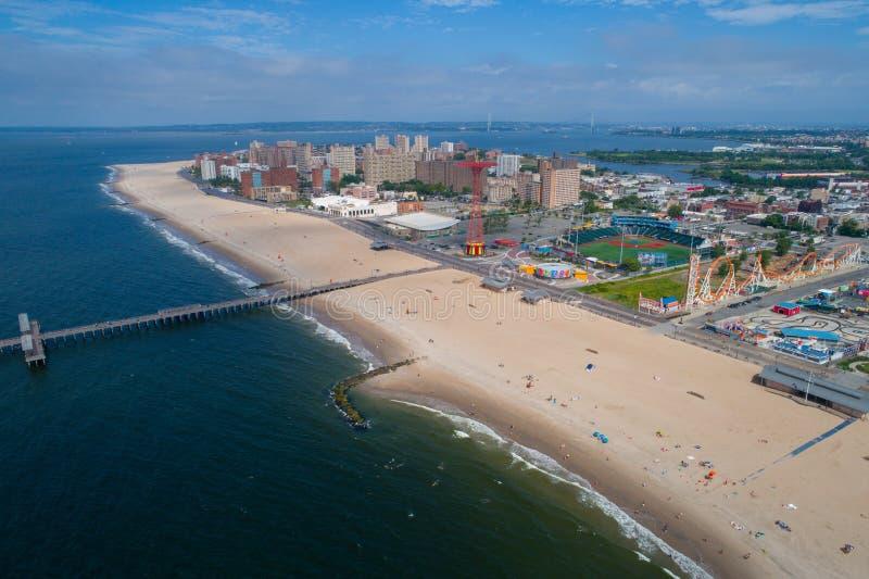 Photo aérienne de bourdon de Coney Island New York Etats-Unis photo libre de droits